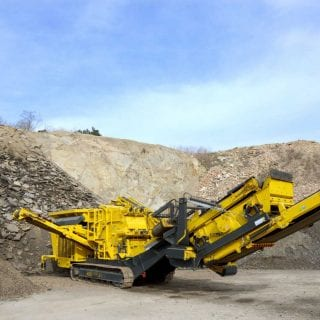 Track mounted mobile Impact Crushers for sale and rent
