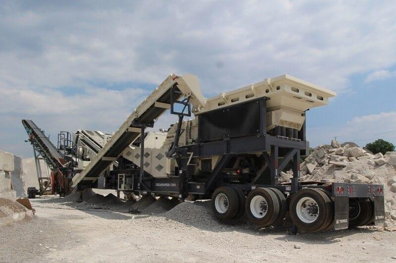 Cedarapids CRH1111 HSI impact crushing plant crushing concrete
