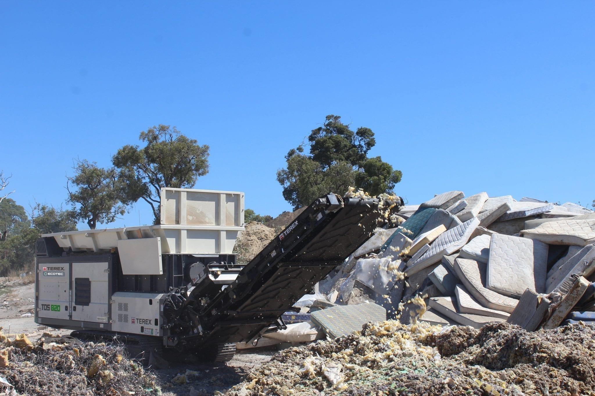 Ecotec TDS 820 Slow speed shredder