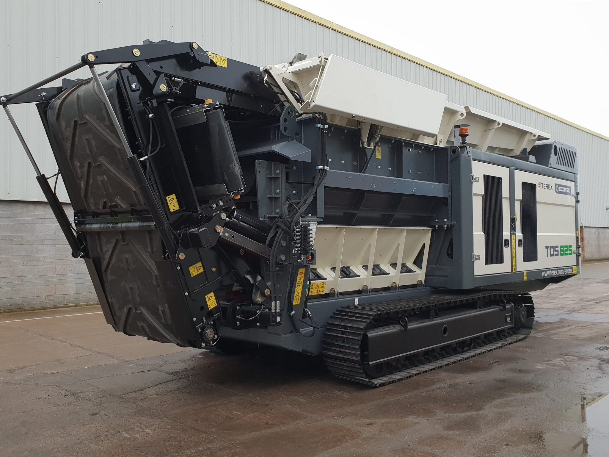 Ecotec TDS 825 Slow speed shredder
