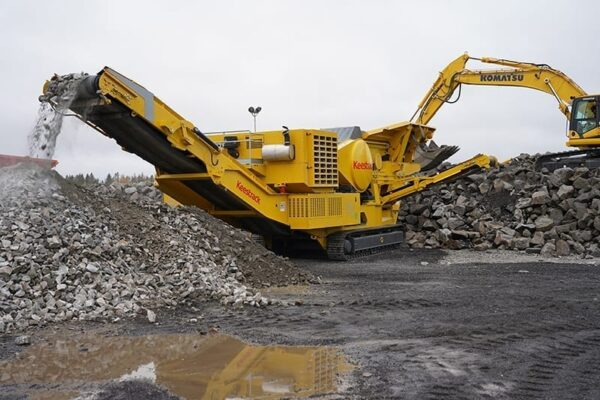 Keestrack B6mobile track mounted jaw crusher