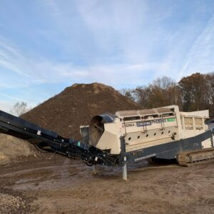 Phoenix 1600T Tracked Trommel Screening Plant